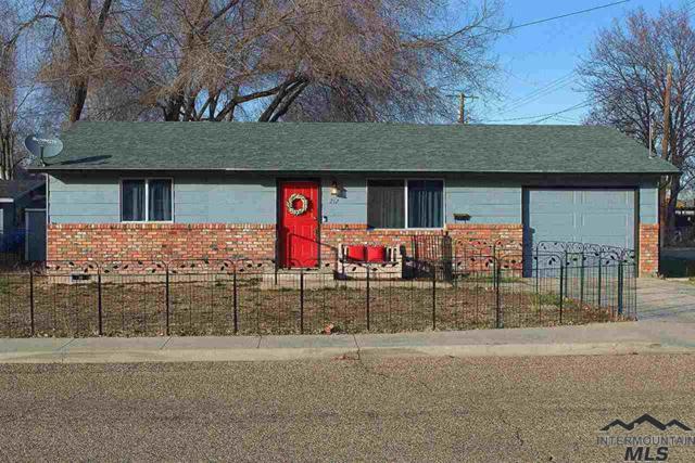 212 E Sherman Ave., Nampa, ID 83686 (MLS #98718785) :: Build Idaho