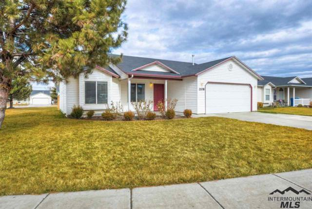 2108 E Irving Place, Nampa, ID 83686 (MLS #98719362) :: Full Sail Real Estate