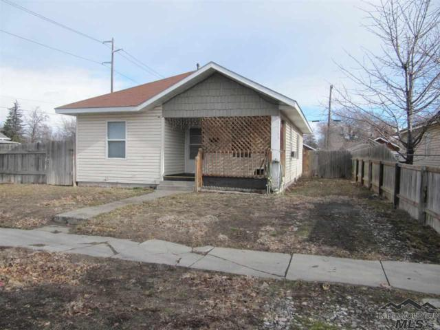 460 3rd Ave N, Twin Falls, ID 83301 (MLS #98719382) :: Juniper Realty Group