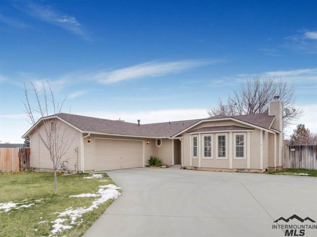 1310 S Heidi Place, Meridian, ID 83642 (MLS #98719395) :: Boise Valley Real Estate