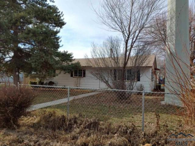 1403 S Elder, Nampa, ID 83686 (MLS #98719425) :: Team One Group Real Estate