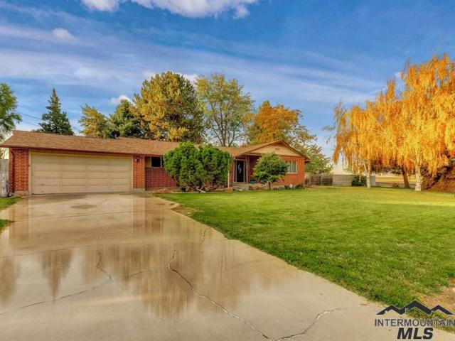 943 Vista Dr, Nampa, ID 83686 (MLS #98719474) :: Team One Group Real Estate