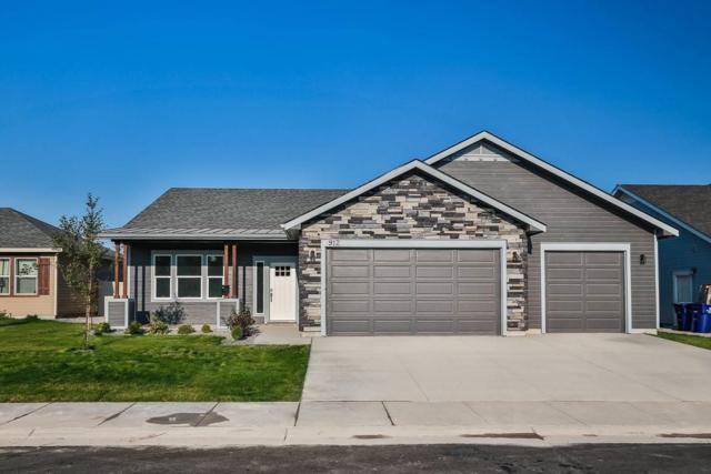 938 Dunnigan Street, Twin Falls, ID 83301 (MLS #98719527) :: Bafundi Real Estate