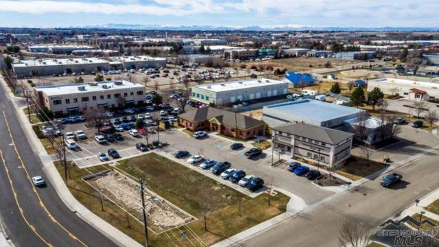601 E Schiller Lane, Meridian, ID 83642 (MLS #98720565) :: Jon Gosche Real Estate, LLC