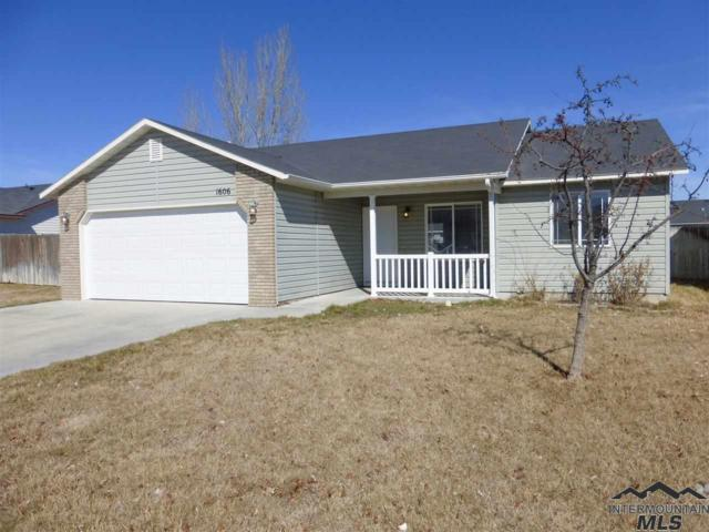 1606 W Meffan Ave, Nampa, ID 83651 (MLS #98722116) :: New View Team