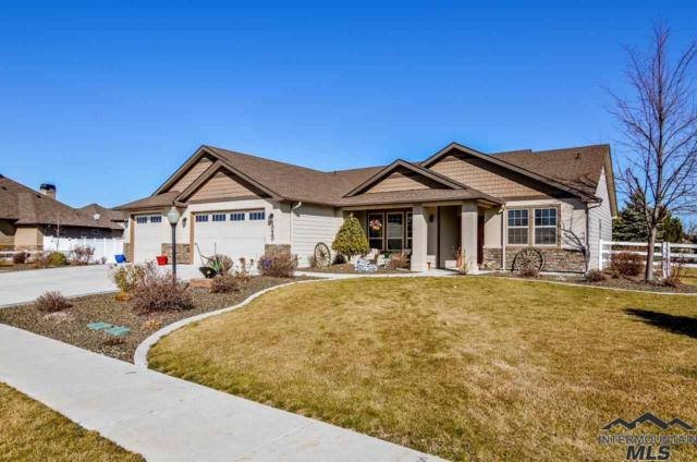 10460 Mychal Ln, Nampa, ID 83687 (MLS #98722223) :: Build Idaho