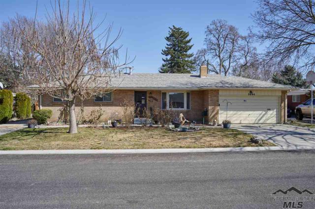 2606 N Chitwood Way, Boise, ID 83704 (MLS #98722276) :: Jon Gosche Real Estate, LLC