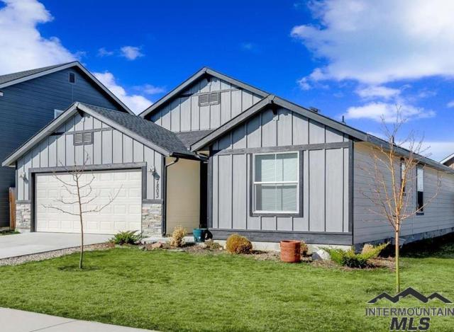 7803 N Hole In One Pl, Boise, ID 83714 (MLS #98722363) :: Minegar Gamble Premier Real Estate Services