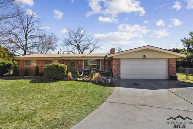 5905 W Poplar Circle, Boise, ID 83704 (MLS #98722476) :: Team One Group Real Estate