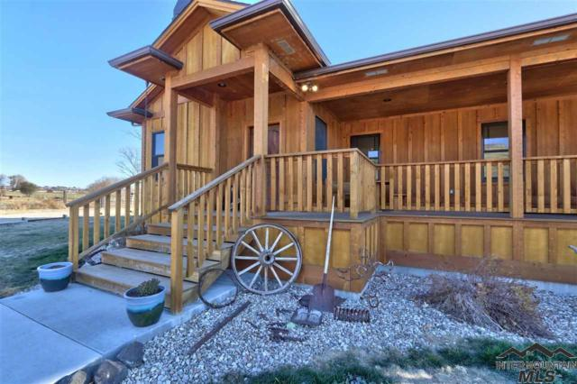 1983 Canyon Rd S, Melba, ID 83641 (MLS #98722534) :: Full Sail Real Estate