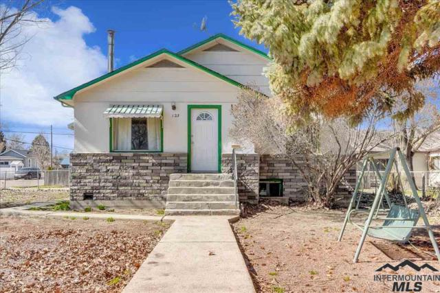 123 S Chestnut St, Nampa, ID 83686 (MLS #98722568) :: Full Sail Real Estate