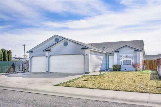 2574 Alderwood Avenue, Twin Falls, ID 83301 (MLS #98722580) :: Full Sail Real Estate