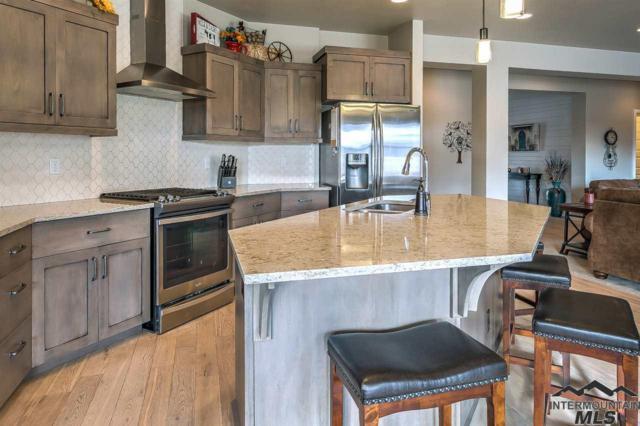 3877 W Daphne, Meridian, ID 83646 (MLS #98722633) :: Boise River Realty