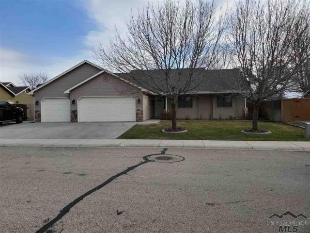 5139 W Tournament Drive, Meridian, ID 83646 (MLS #98722657) :: Build Idaho