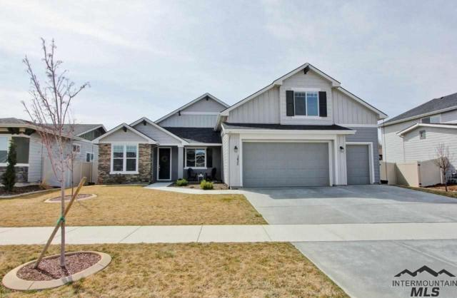 1435 W Bear Track Dr, Meridian, ID 83642 (MLS #98723053) :: Bafundi Real Estate