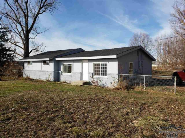 12402 Hwy 44, Middleton, ID 83644 (MLS #98723067) :: Ben Kinney Real Estate Team