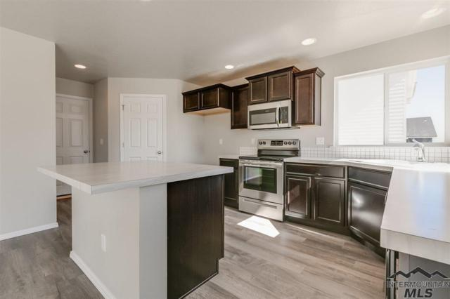 2580 W Midnight Dr, Kuna, ID 83634 (MLS #98723292) :: Jon Gosche Real Estate, LLC