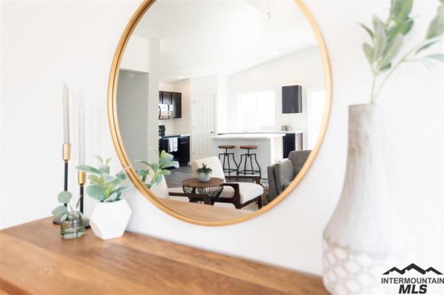 6863 S Memory Way, Meridian, ID 83642 (MLS #98723712) :: Team One Group Real Estate
