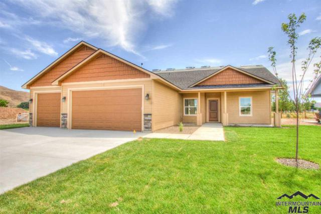 4017 Queen Anne Dr, Emmett, ID 83617 (MLS #98723749) :: Bafundi Real Estate