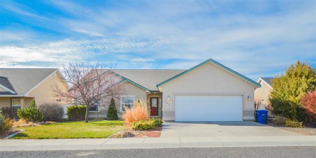 437 Canyon Crest Dr, Twin Falls, ID 83301 (MLS #98724228) :: Jon Gosche Real Estate, LLC