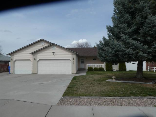 2761 E 4th Ave, Twin Falls, ID 83301 (MLS #98724330) :: Juniper Realty Group