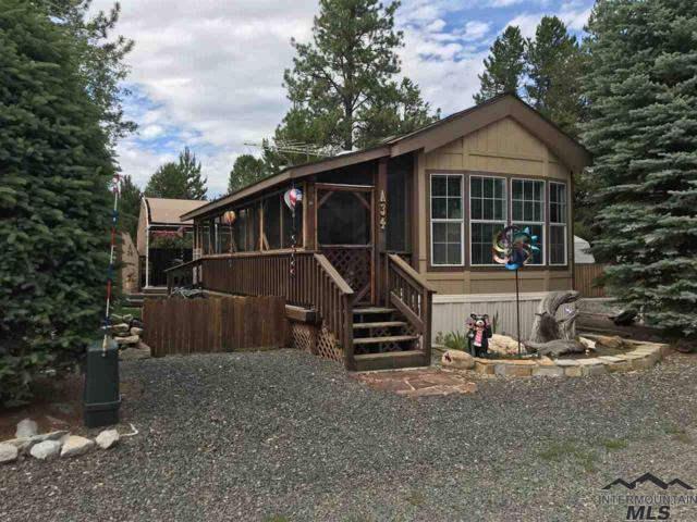514 Sawyer St A34 & A36, Cascade, ID 83611 (MLS #98724477) :: Legacy Real Estate Co.