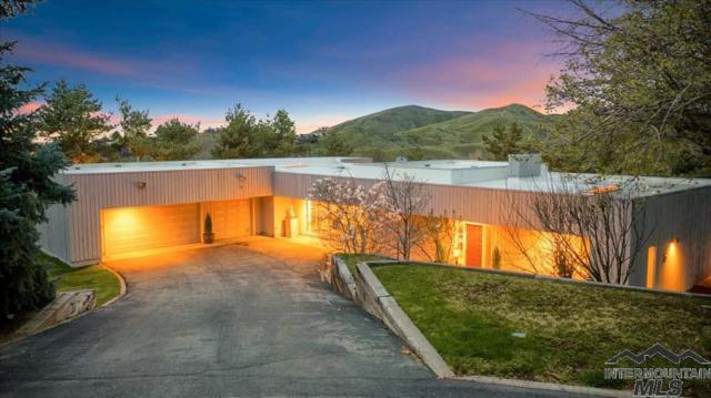 803 W Parkhill, Boise, ID 83702 (MLS #98724700) :: Full Sail Real Estate