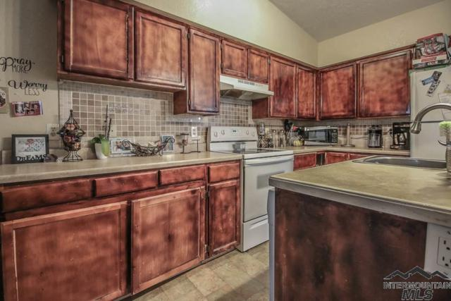 1711 S 1St St #7, Nampa, ID 83651 (MLS #98724895) :: Legacy Real Estate Co.