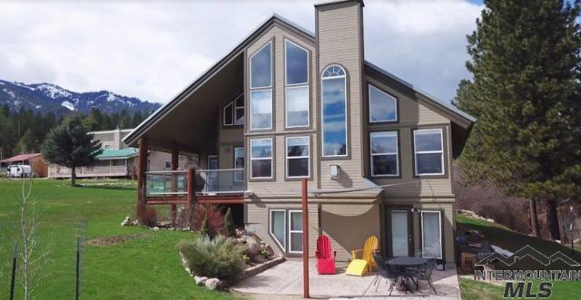 31 Gabriel Lane, Garden Valley, ID 83622 (MLS #98725042) :: Bafundi Real Estate