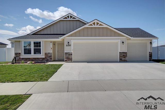 2257 Pilgrim Way, Middleton, ID 83644 (MLS #98725101) :: Bafundi Real Estate
