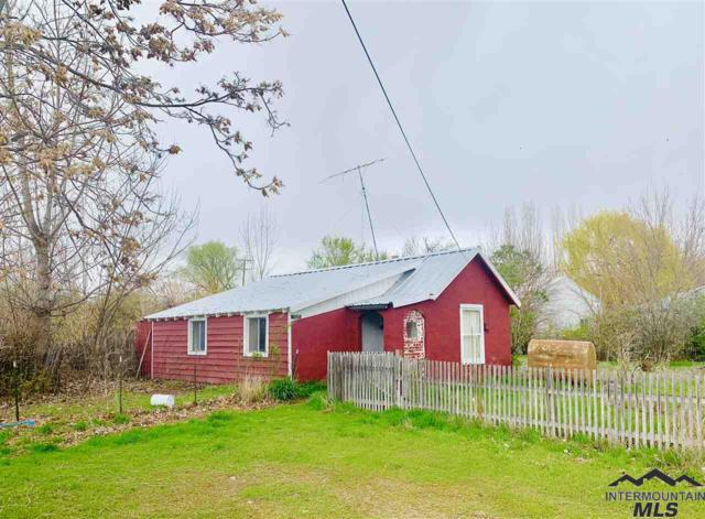 1505 Boise Ave, Caldwell, ID 83605 (MLS #98725273) :: Full Sail Real Estate