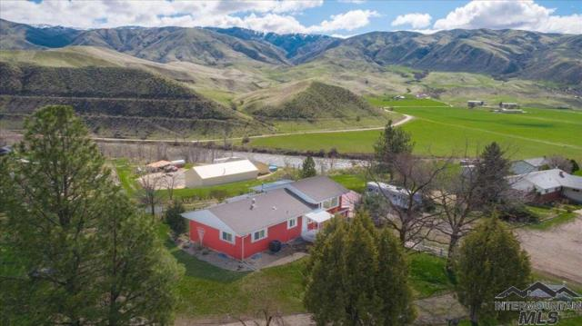 4 Coleman Circle, Horseshoe Bend, ID 83629 (MLS #98725287) :: Full Sail Real Estate