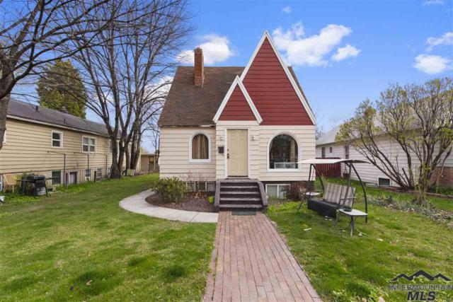 2005/2007 Cleveland Blvd, Caldwell, ID 83605 (MLS #98725402) :: Bafundi Real Estate