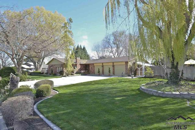 208 S Ravenswood Dr., Meridian, ID 83642 (MLS #98725719) :: Full Sail Real Estate