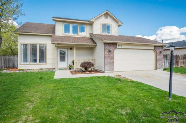 572 W Woodbury Drive, Meridian, ID 83646 (MLS #98725811) :: Bafundi Real Estate
