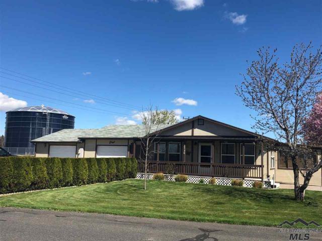 2736 E Northview Drive, Hagerman, ID 83332 (MLS #98725920) :: Juniper Realty Group