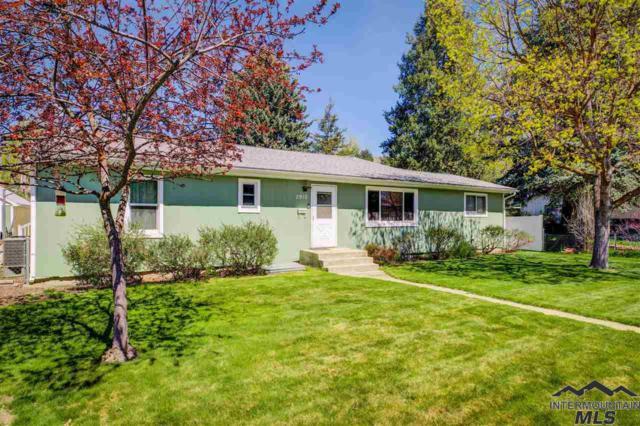 2910 W Neff, Boise, ID 83703 (MLS #98726113) :: Jackie Rudolph Real Estate