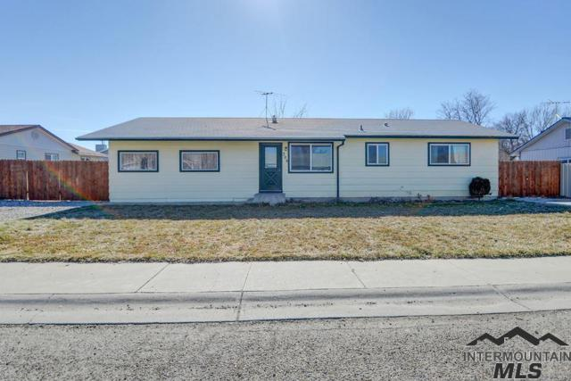 308 Pine St, New Plymouth, ID 83655 (MLS #98726122) :: Jackie Rudolph Real Estate