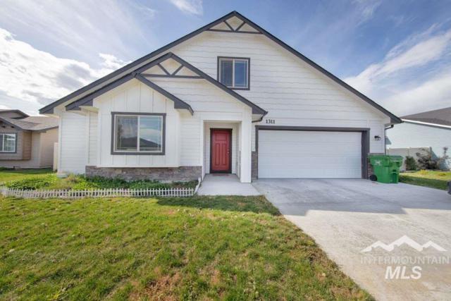 1311 Aspen, Fruitland, ID 83619 (MLS #98726463) :: Boise River Realty