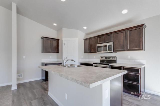 8585 S Baratheon Ave, Meridian, ID 83642 (MLS #98726648) :: Jackie Rudolph Real Estate