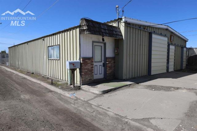 132 Trade Street, Twin Falls, ID 83301 (MLS #98726677) :: Silvercreek Realty Group