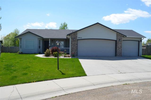 2922 Chester Lane, Caldwell, ID 83605 (MLS #98726953) :: New View Team