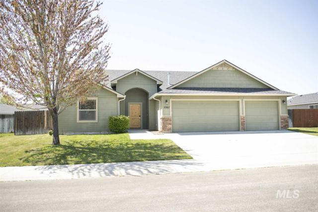 1061 SW Independence, Mountain Home, ID 83647 (MLS #98728252) :: New View Team
