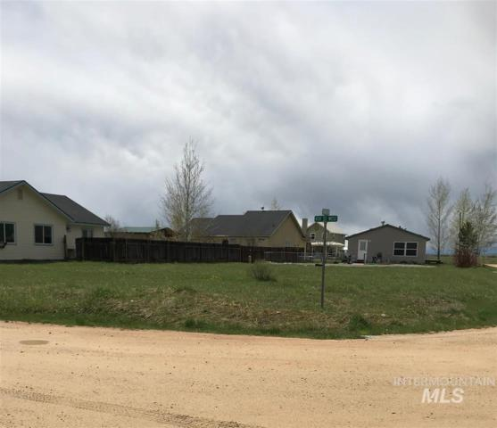 Bare land Timber Ave., Fairfield, ID 83327 (MLS #98728676) :: New View Team