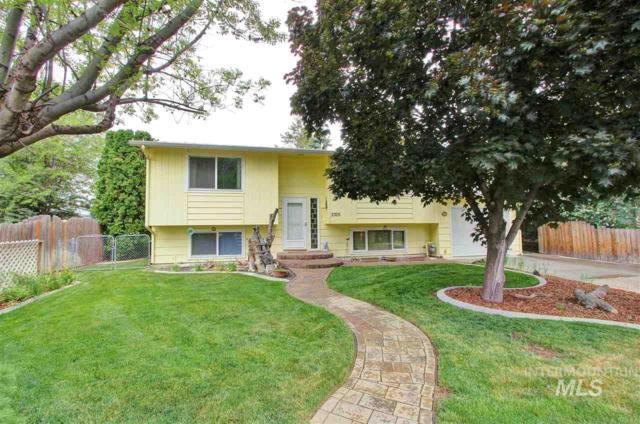 2305 Shasta Way, Caldwell, ID 83605 (MLS #98728682) :: Jon Gosche Real Estate, LLC
