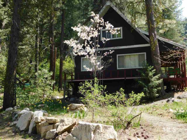 1938 N Bobs Dr., Featherville, ID 83647 (MLS #98729065) :: Juniper Realty Group