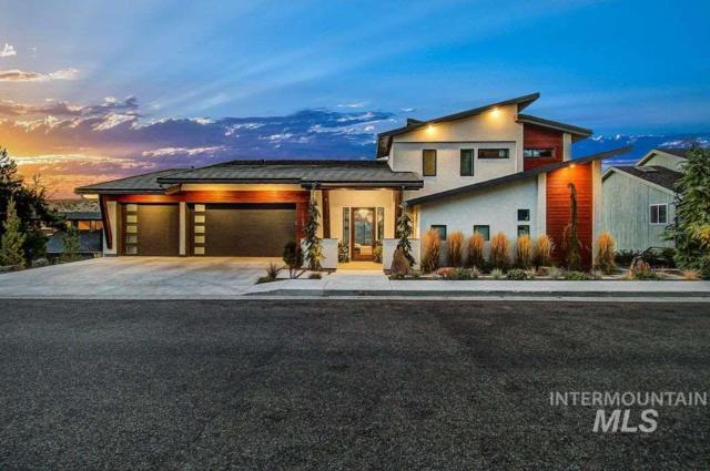 1108 E Hearthstone, Boise, ID 83702 (MLS #98729438) :: Jackie Rudolph Real Estate