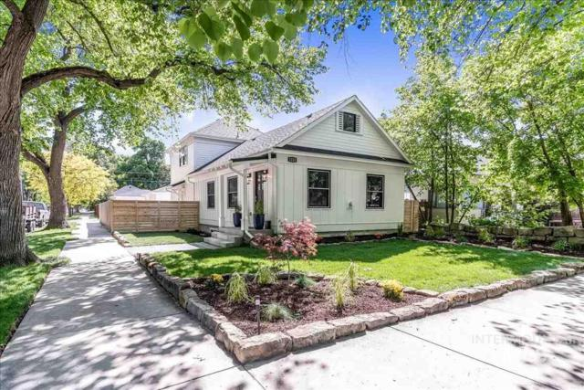 1223 E State St, Boise, ID 83712 (MLS #98729567) :: Full Sail Real Estate