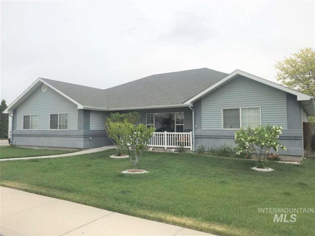 241 Carriage Lane, Twin Falls, ID 83301 (MLS #98729726) :: Boise River Realty