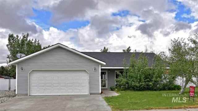 704 Ambrose Avenue, Wendell, ID 83355 (MLS #98729761) :: Alves Family Realty